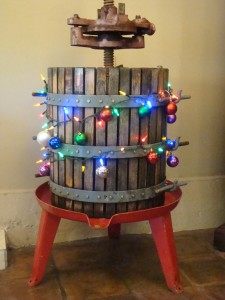 Holiday Decorations at Eric Ross Winery 